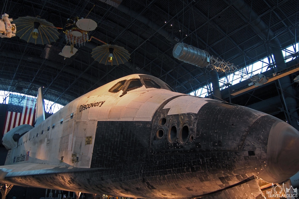 Discovery space shuttle. Photo by Mike Shubbuck.